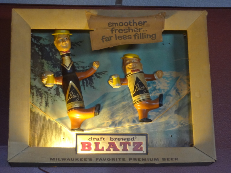 image of Blatz beer sign