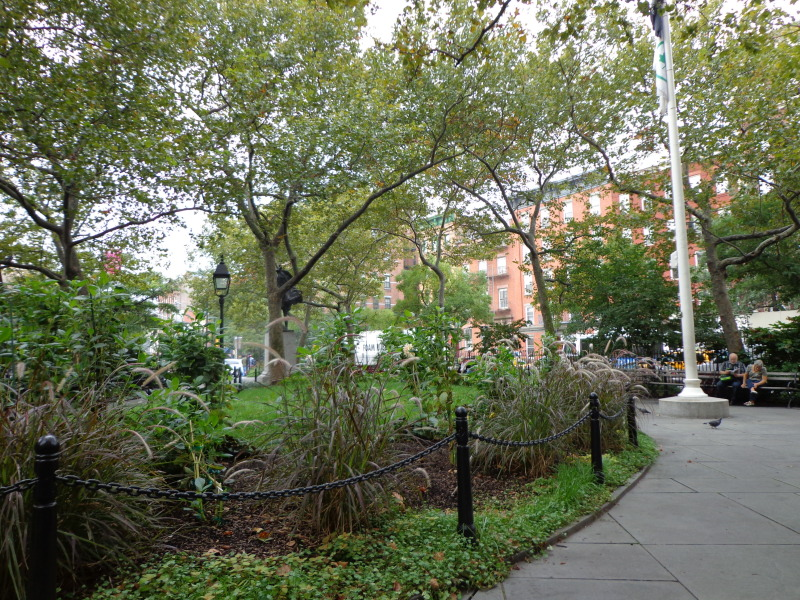 image of Abingdon Square in NYC