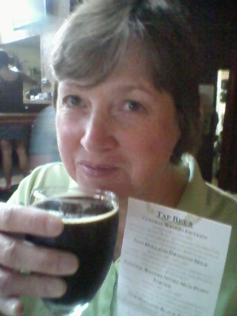 img of My Darling B with a glass of 1515 from Central Waters Brewing