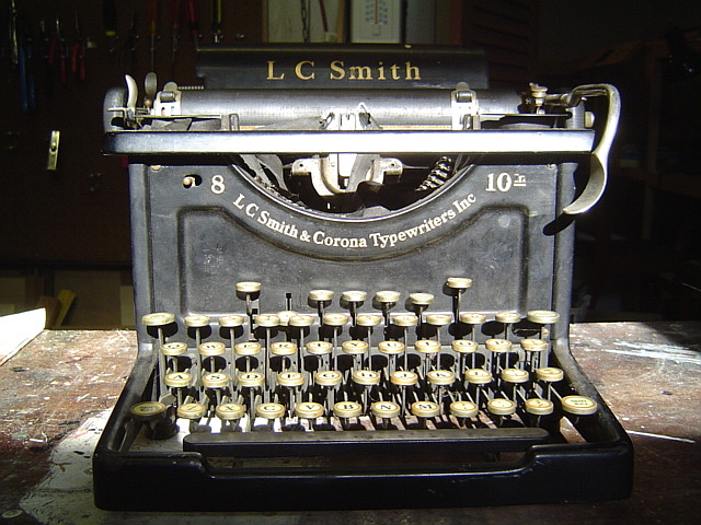 image of Smith Corona No 8 typewriter